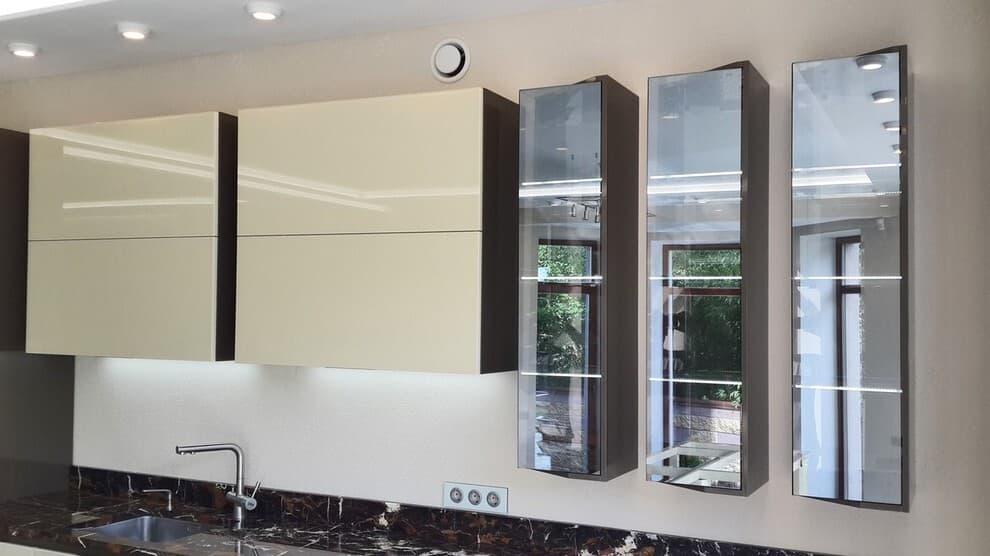 Новый рамочный профиль под стекло с видимой шириной всего 1 мм!
